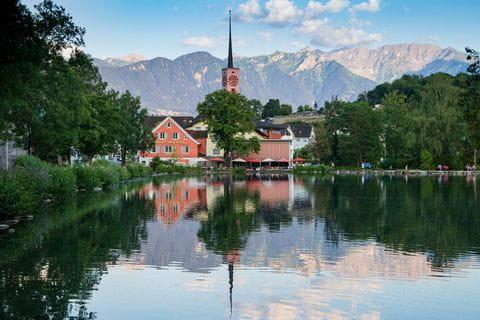 kerk-aan-meer-zwitserland