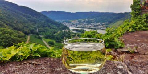moezel met glas