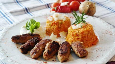 Cevapcici, Slovenie, eten