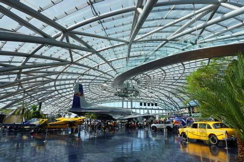 Oostenrijk, Salzburg, Salzburgerland, Hangar 7, Red Bull